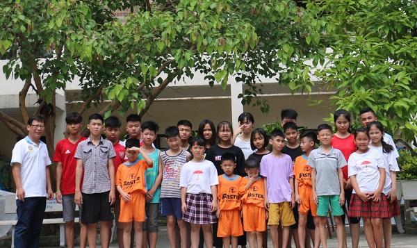 DaiLinh Group vui Tết thiếu nhi tại Trung tâm nuôi dưỡng trẻ mồ côi Hà Cầu