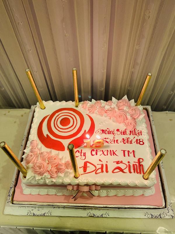 Đài Linh tưng bừng mừng sinh nhật lần thứ 18 5
