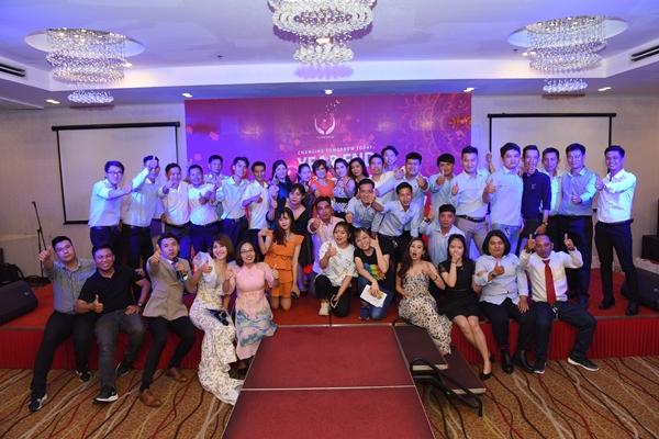 """Bùng nổ đêm """"Gala gặp nhau cuối năm"""" – Chào đón 2020 rực rỡ cùng Gia đình Đài Linh HCM"""