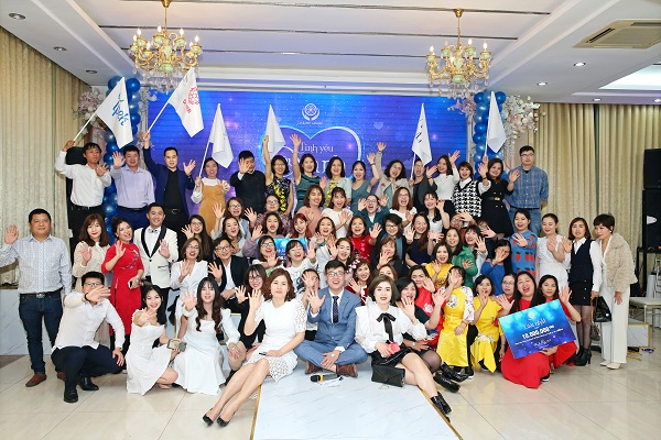 [THANKS PARTY 2020] Cực sung với đêm tiệc tình yêu màu xanh cùng anh em DaiLinh Group KV Hà Nội